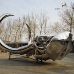 large-outdoor-decoration-stainless-steel-metal-mammoth-sculpture-with-mirror-polish